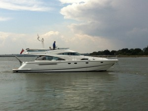 Fairline Squadron 58 For Sale - NYB Swansea0
